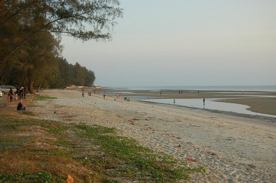 Banting, Malasia: dried up beach