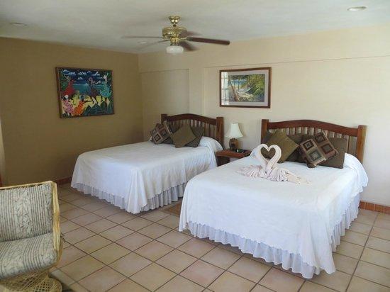 Iguana Reef Inn: Room 9