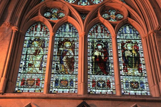Southwark Cathedral - glass stained windows