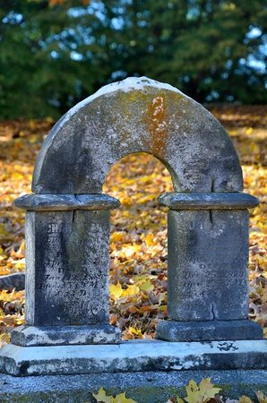 Old Salem Museums & Gardens: Cemetery