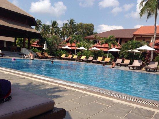 Smile House Resort: La première piscine