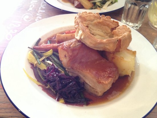 Somer's Town Coffee House: Sunday roast (pork)