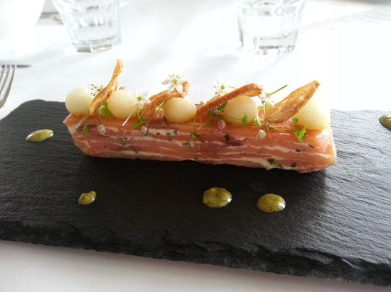 Oak Room Eleven: salmón entre
