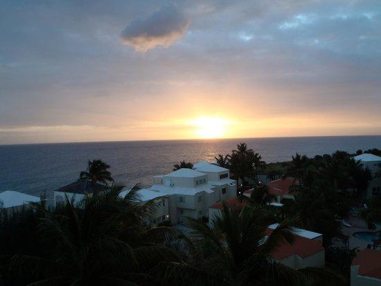 Sapphire Beach Club Resort : Amazing Sapphire Caribbean Sunset