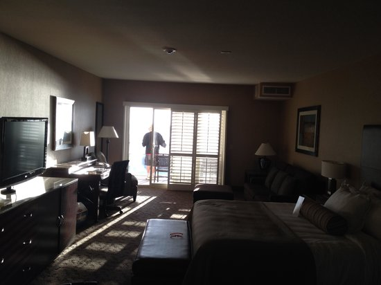 Beach Terrace Inn: Room