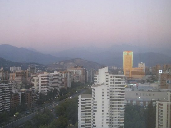 Hotel Santiago: Sunset over Parque Arauco