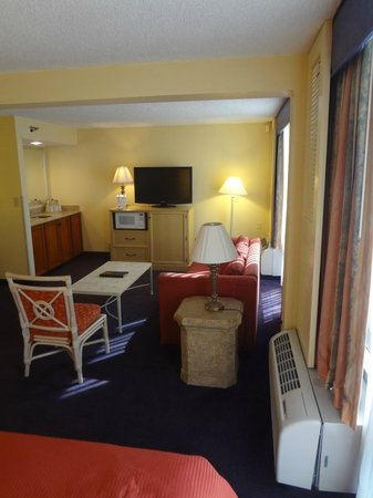 BEST WESTERN Orlando Gateway Hotel: Sitting area.