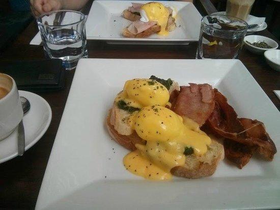 Breakfast at the Salt House