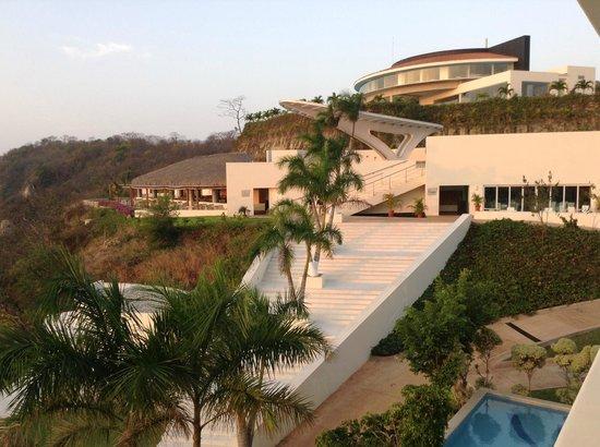 Secrets Huatulco Resort & Spa: Castaways and Oceana.