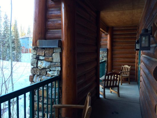 Mountain Lodge Telluride, A Noble House Resort: Private porch overlooking slopes