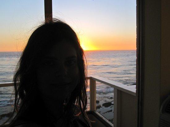 Pacific Edge Hotel on Laguna Beach: me in the room