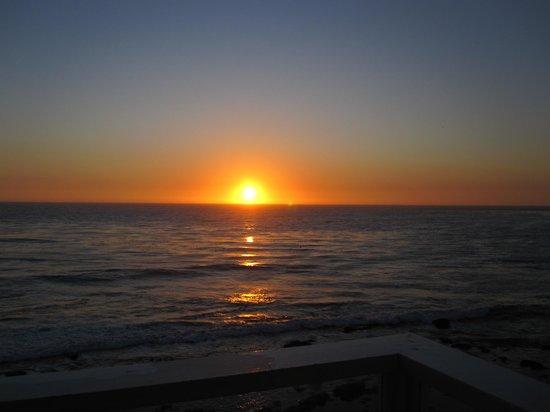 Pacific Edge Hotel on Laguna Beach: amazing sunset