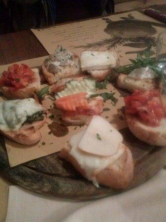 Ristorante La Mi Mama: crostini vegetariani
