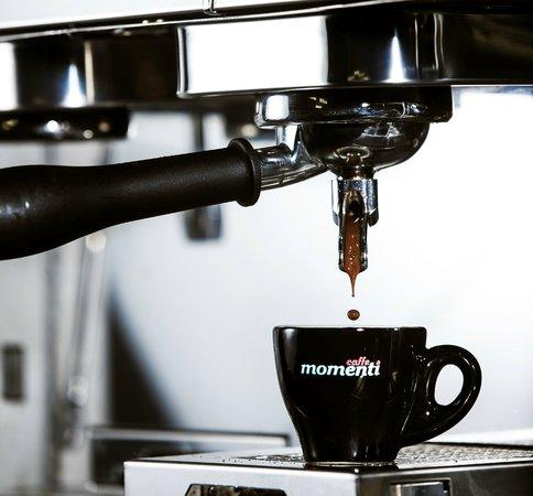 Cafe 89: Momenti Coffee