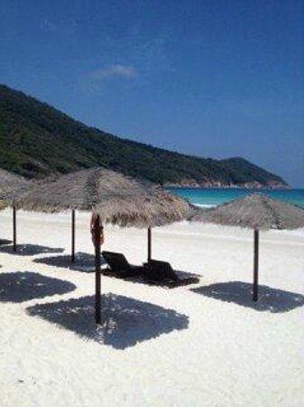 The Taaras Beach & Spa Resort : пляж