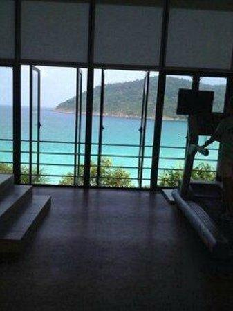 The Taaras Beach & Spa Resort : спорт-зал