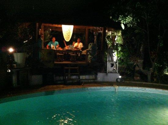 Le jardin de reve photo de tikus garden trois bassins for Restaurant le jardin st paul