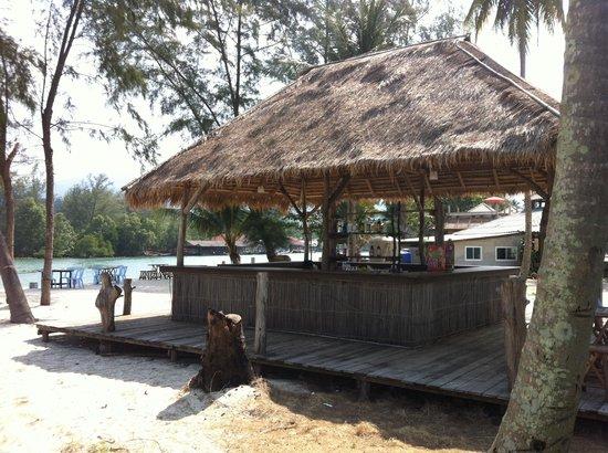 Khlong Prao Beach : Tropicana resort  beach