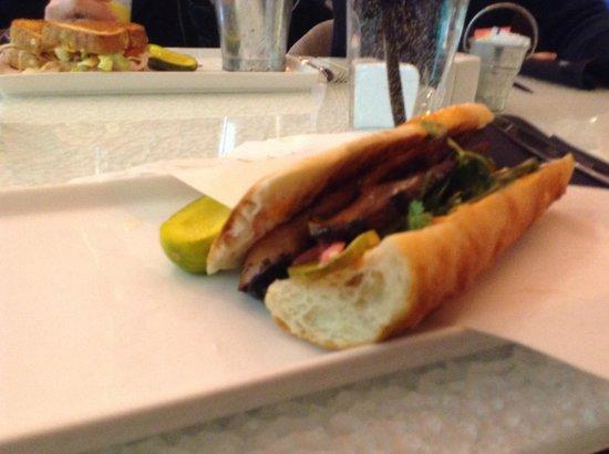 Pura Vida by Brandt: veggie Bahn Mi sandwich
