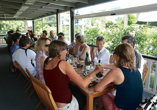 Hinton's Restaurant: Lunch on the deck