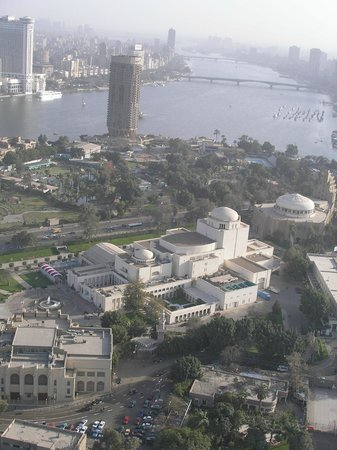 Torre del Cairo: Cairo Opera House and the Nile from Cairo Tower