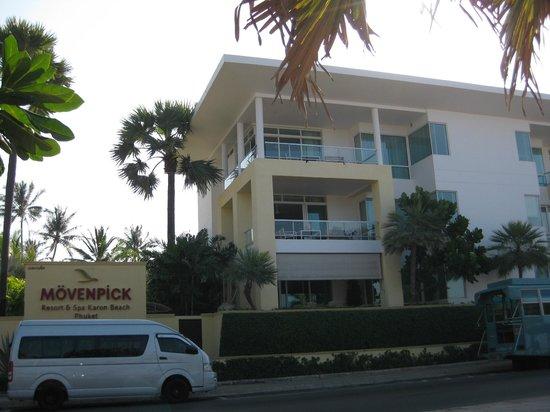 Movenpick Resort & Spa Karon Beach Phuket: Top Floor apartment-Room 720 Moevenpick Resort-Karon