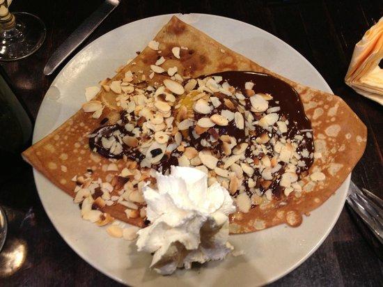La Grange : Crêpe chocolat, amandes, chantilly