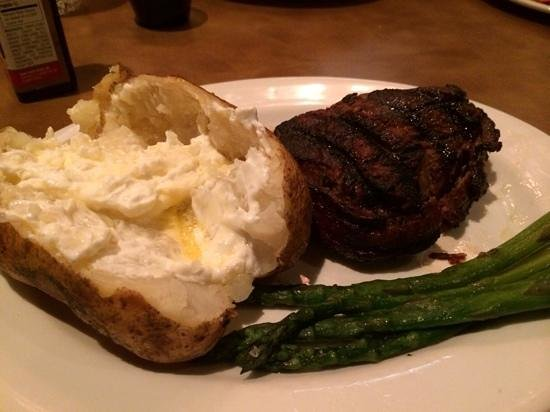 The Windmill Restaurant: Baseball sirloin