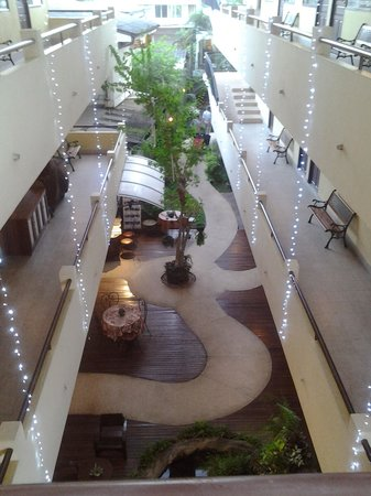 Eurana Boutique Hotel: from third level to foyer
