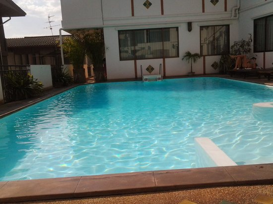 Eurana Boutique Hotel: older pool is adequate