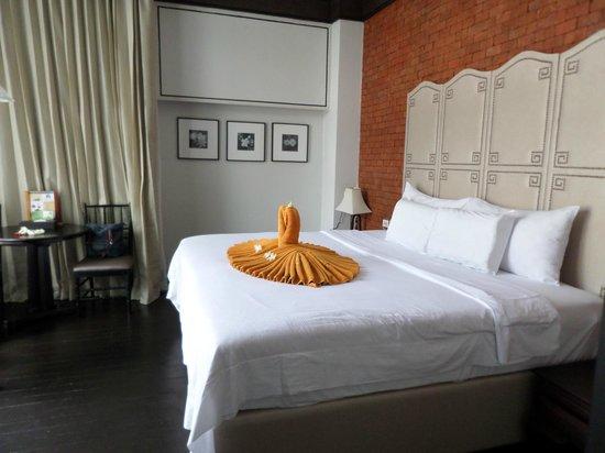 Malisa Villa Suites : Special Bed