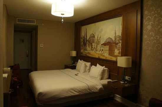 Neorion Hotel: Large and Comfortable Room