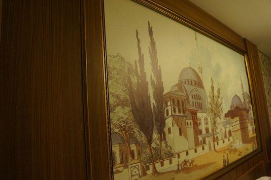 Neorion Hotel: Artwork bedhead