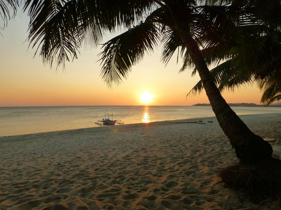 Phaidon Beach Resort: Sunset