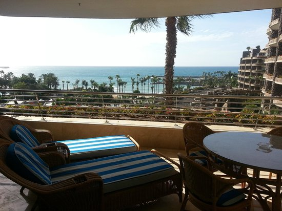 Anfi Beach Club : The view from the balcony