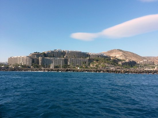 The Anfi hotels with Anfi Beach Club on the extreme right