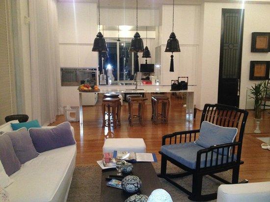 Villa Belle : Wohnzimmer und Küche - perfekt designt