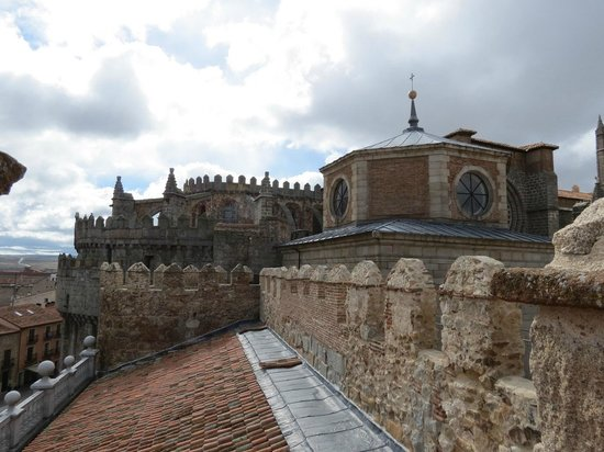 Las Murallas de Ávila: near the beginning of the walk on the walls