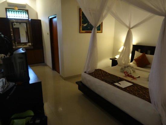 Saren Indah Hotel: Room 104