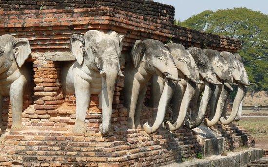 Lotus Village: le vieux Sukhothai