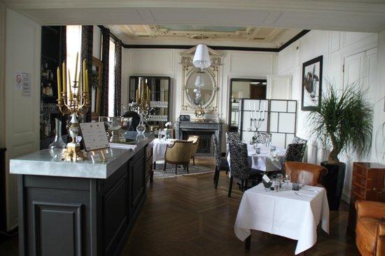 Château de la Gressiere : salle de restaurant