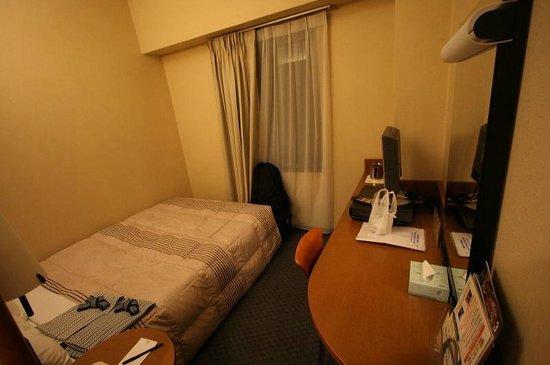RIHGA Nakanoshima Inn : セミダブルルーム