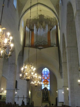 Niguliste Museum: There is also an organ concert on Saturdays and Sundays