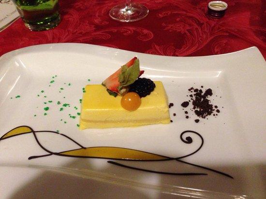 Antica Cascina San Zago: Lingotto bianco al passion fruit... Delizia