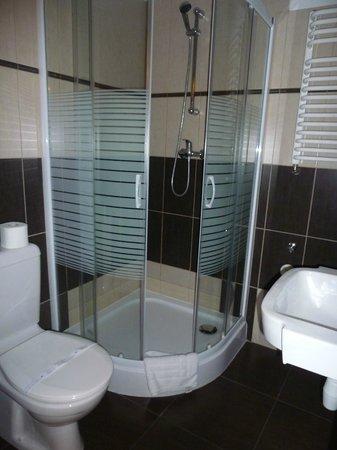 Siesta Aparthotel : nice, modern bathroom