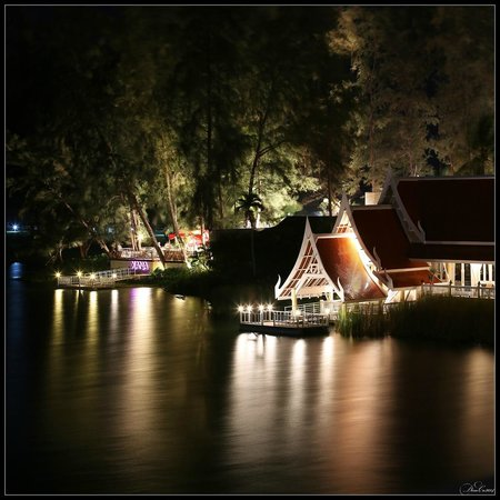 Angsana Laguna Phuket: Night Angsana. Restaurant Baan Talay and Xana beach club
