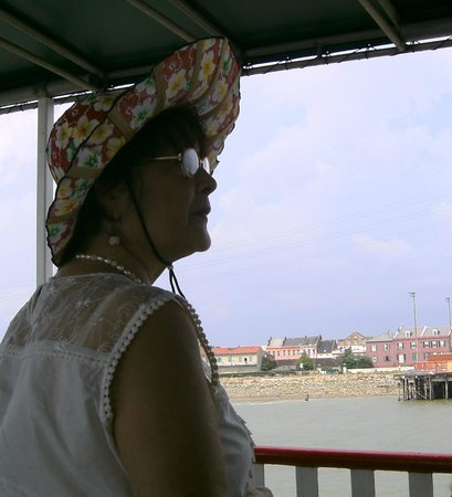 Steamboat Natchez: Wife enjoying view from boat