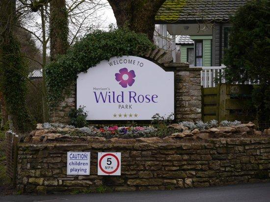 Wild Rose Park: Wild Rose Entrance