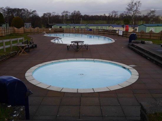 Wild Rose Park: Wild Rose Swimming Pools