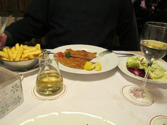 Hotel Adler-Post Obertal: Wiener Schnitzel